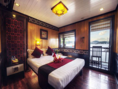 swan-cruises-halong-bay-cruise-Honeymoon_Suite