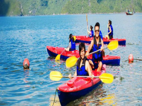 swan-cruises-halong-bay-cruise-kayaking