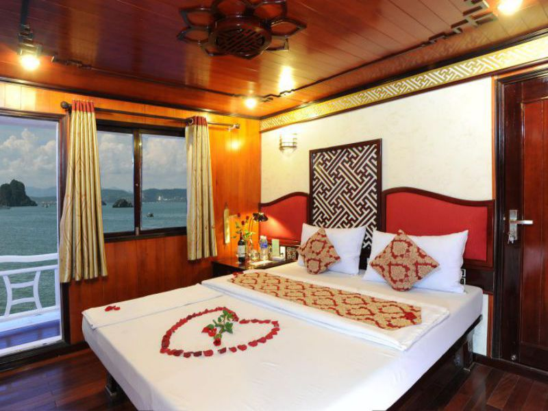Swan Cruise 3 Days 2 Nights - Vietnam Discovery Travel
