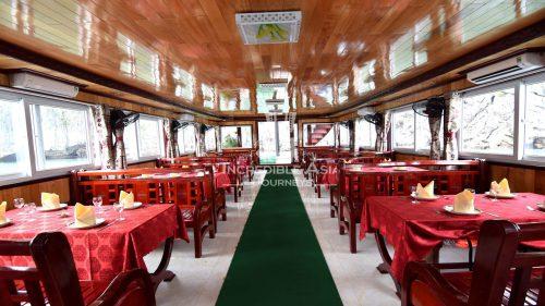 onboard-restaurant