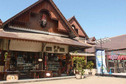 Antique Market Triwindu 2