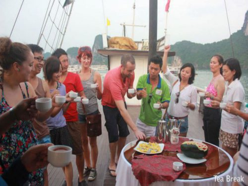 legacy-cruise-halong-bay-cruise-break