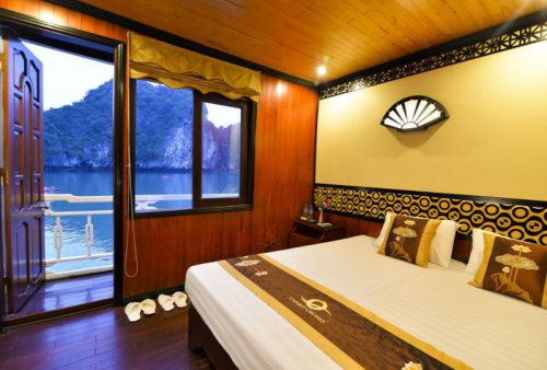 vspirit-cruise-halong-bay-cruise-Double-Room