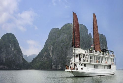 vspirit-cruise-halong-bay-cruise-overview8