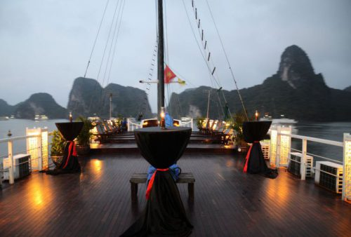 vspirit-cruise-halong-bay-cruise-sundeck